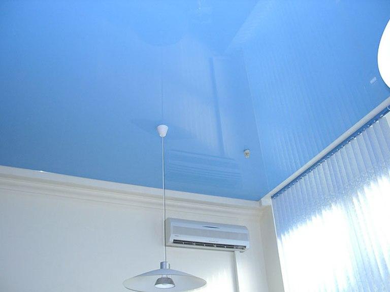 Натяжные потолки в спальне: 60 современных вариантов, фото 12